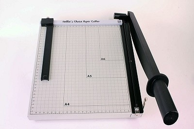 Nellie`s XL metal Papercutter (guillotine) with slider 30 cm (metric scale