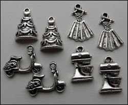Set charms happy days